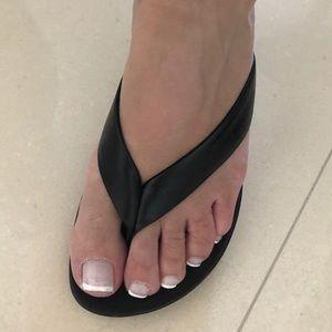 BCBGirls. Black thong slippers